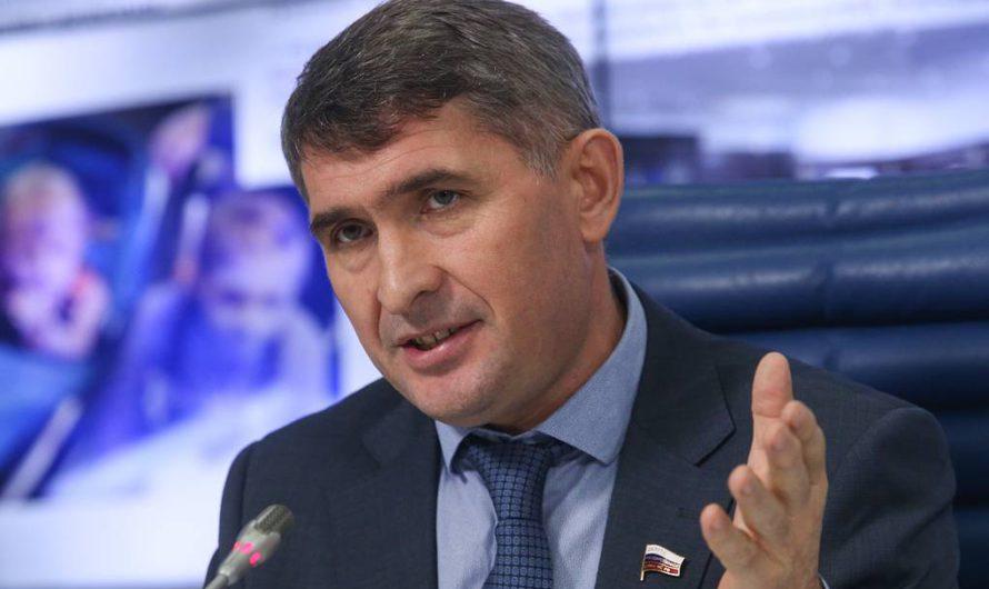 Олег Николаев откровенно о принятых решениях, поддержке промышленности и социальной политике