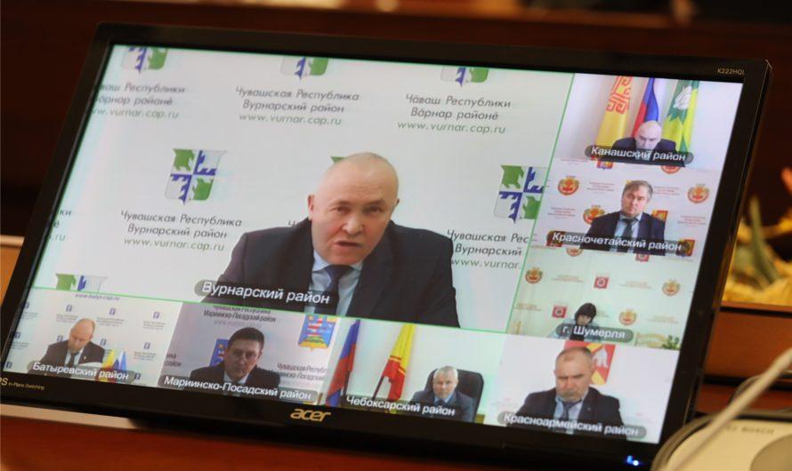 К ответам на обращения в социальных сетях подключат муниципальных чиновников