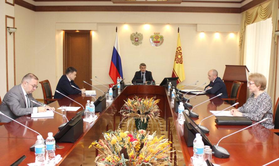 Олег Николаев поручил ввести в Чувашии налоговый режим для самозанятых