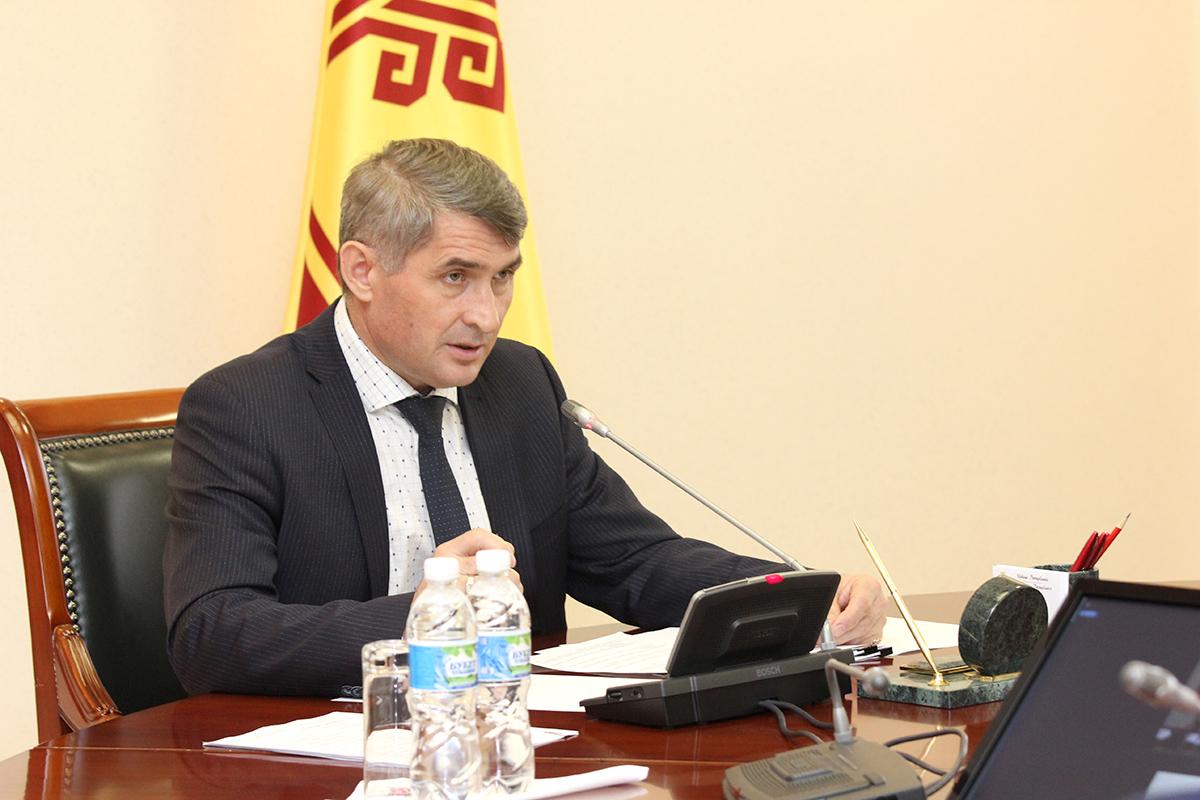 Олег Николаев: «В течение двух недель субсидии на содержание коров должны получить все заявители»