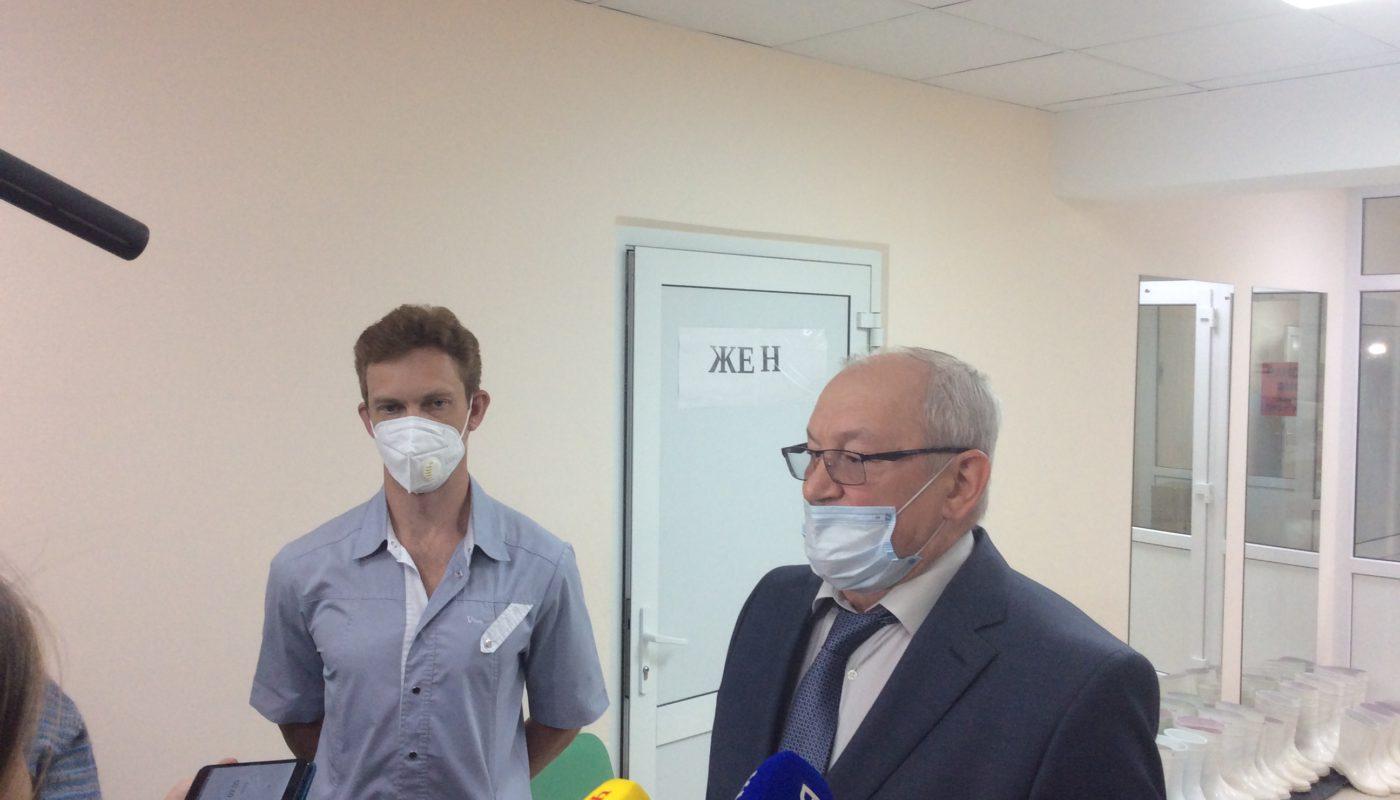 Фонд Перле передал аппараты ИВЛ трем больницам