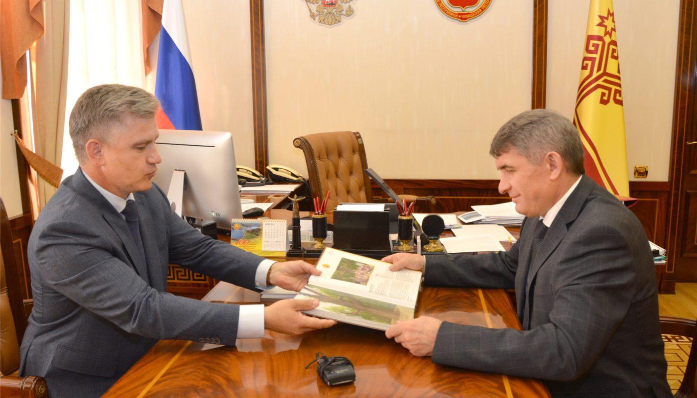 чувашский дуб в книге деревьев России