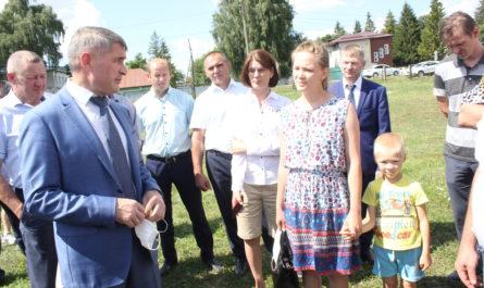 Олег Николаев поддержал инициативу о содержании общественных пространств в сельской местности