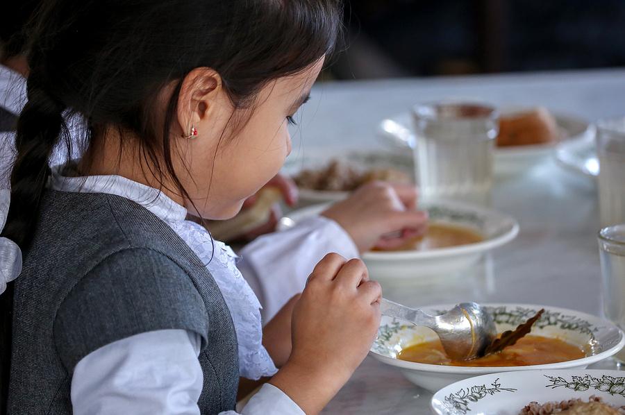 Обед для учеников начальных классов школ Чувашии будет бесплатным
