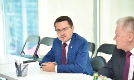 Министр экономики Чувашии назвал переход на «цифру» неизбежным для эффективной работы отрасли