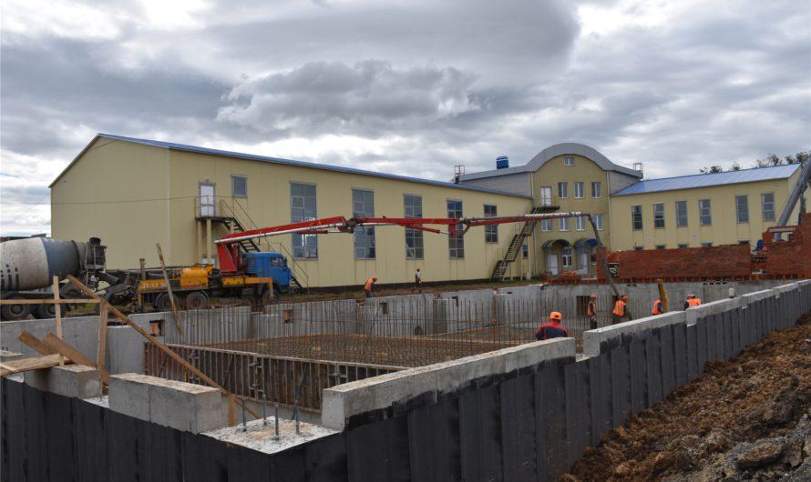 25-метровый бассейн в селе Аликово откроют в ноябре