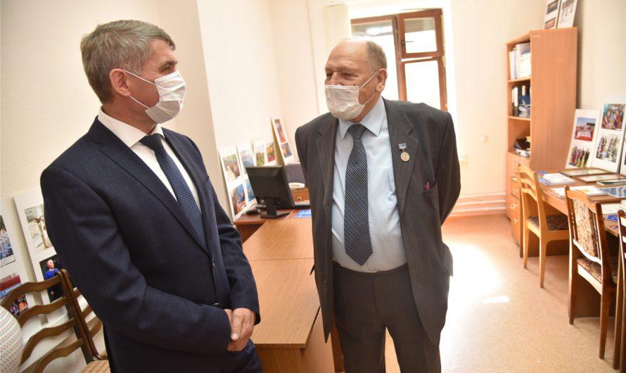 Олег Николаев рассказал пенсионерам Чувашии, когда и где заниматься физкультурой бесплатно