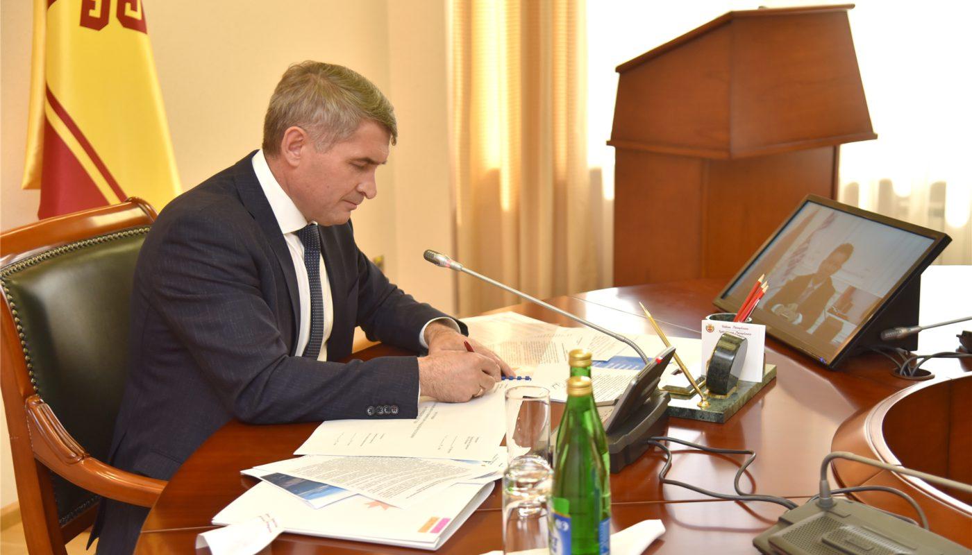 Олег Николаев и Алексей Миллер подписали программу газоснабжения и газификации Чувашии до 2025 года