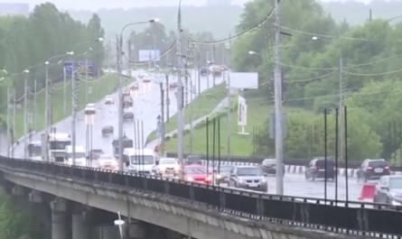 Дожди в Чебоксарах перенесли сдачу Сугутского моста и проспекта Ивана Яковлева