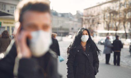 Олег Николаев призвал не ослаблять внимание к противоковидным мерам безопасности в период ОРВИ и гриппа
