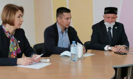 Член Общественной палаты РФ встретился с наблюдателями в Канаше