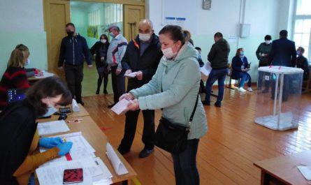 В Вурнарах безопасность людей на избирательном участке – на первом плане