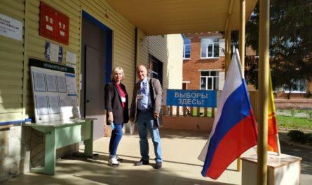 Эксперт «Независимого общественного мониторинга» Владимир Самарин посетил избирательный участок в Шоршелах