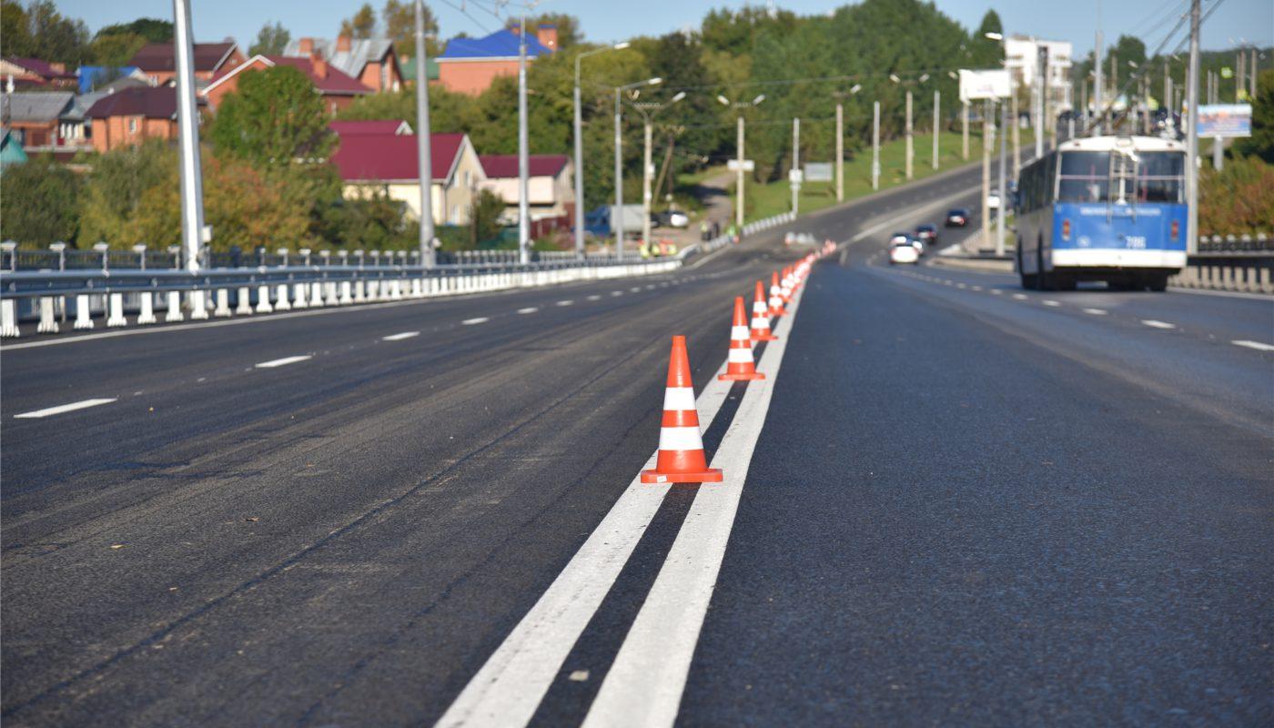 Сугутский мост и проспект Ивана Яковлева в Чебоксарах полностью обновились