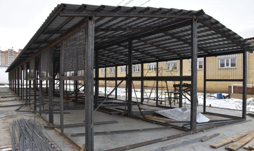 В республиканской конноспортивной школе началось строительство летнего денника