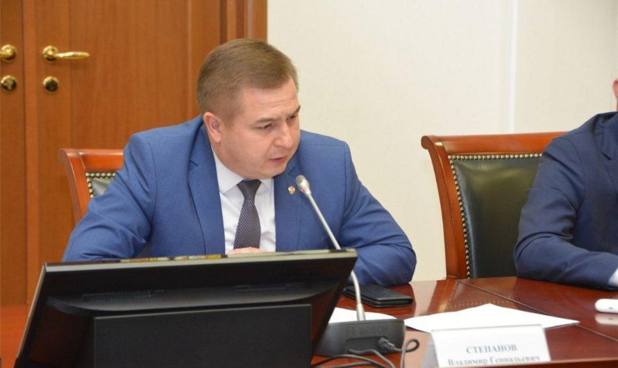 Министр здравоохранения рассказал о ситуации с лекарственными препаратами в Чувашии
