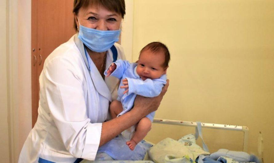В Президентском перинатальном центре за 11 месяцев появились на свет более 2700 детей