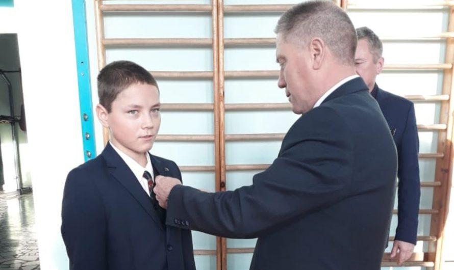 Школьники Чувашии, спасшие тонувших детей, награждены медалями Совета Федерации РФ