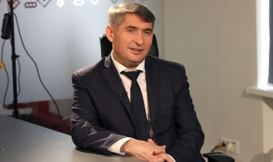 Олег Николаев рассказал, будет ли делать прививку от ковид