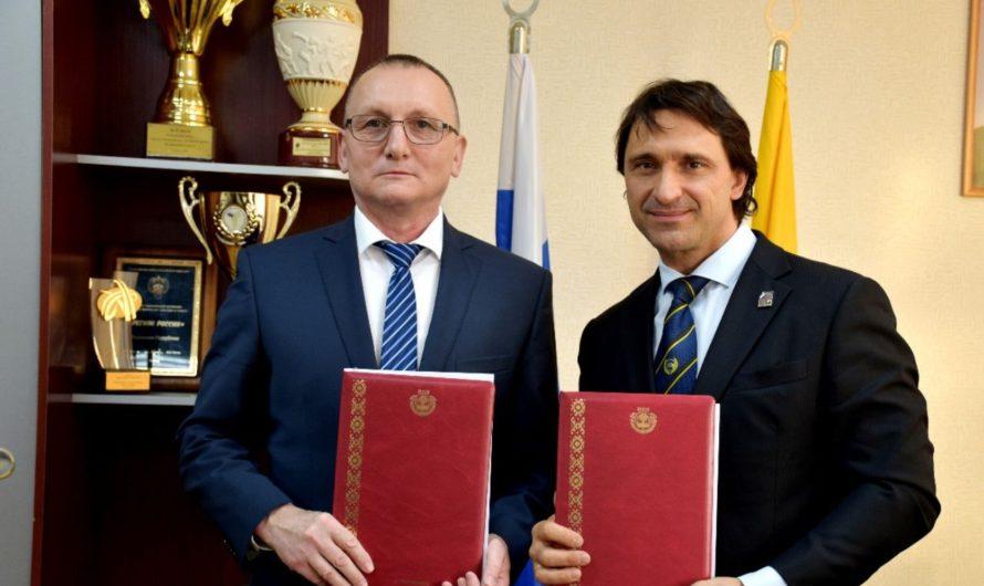 Минспорт Чувашии и Федерация тяжелой атлетики России развивают сотрудничество