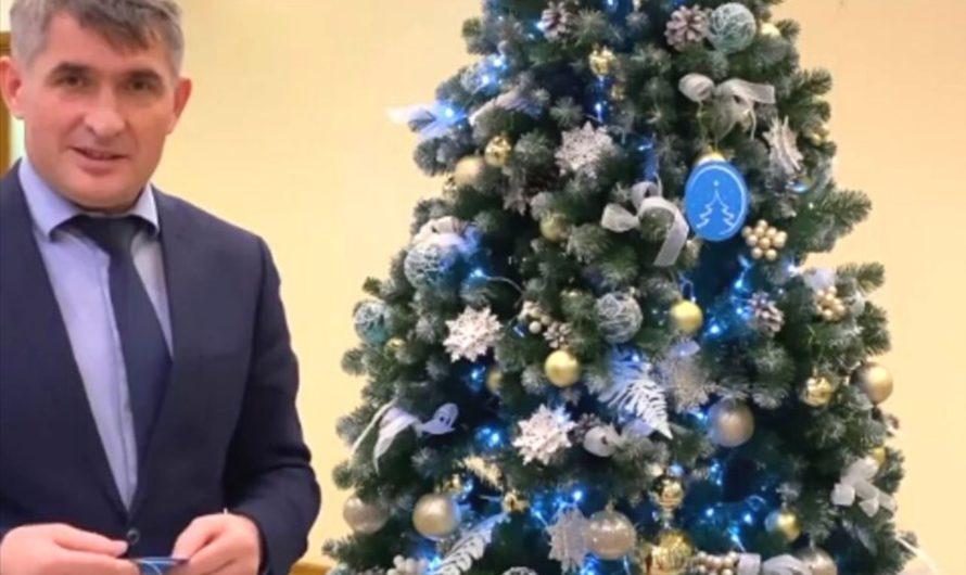 Олег Николаев исполнит сразу две детские мечты с «Ёлки желаний»
