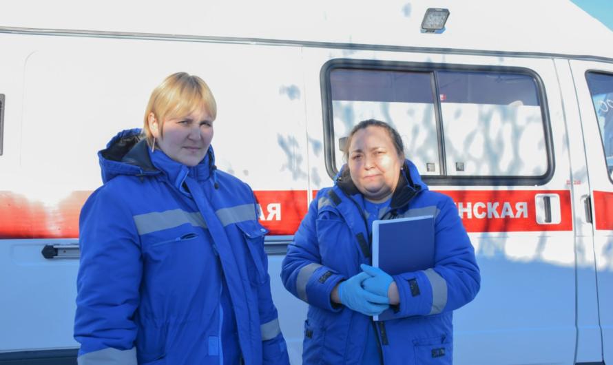 Новые автомобили скорой медицинской помощи поступили в районы республики