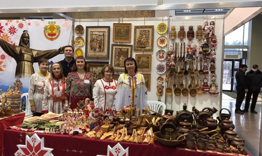Чувашские мастера представляют народное творчество на «Поволжской ярмарке ремесел и сувениров 2021»