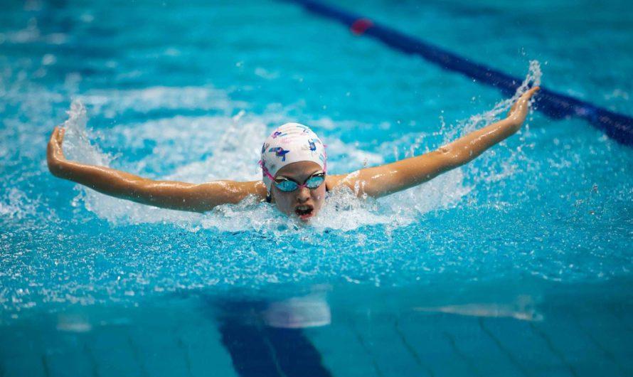 Шестиклассница из Чебоксар завоевала две медали на всероссийских соревнованиях по плаванию
