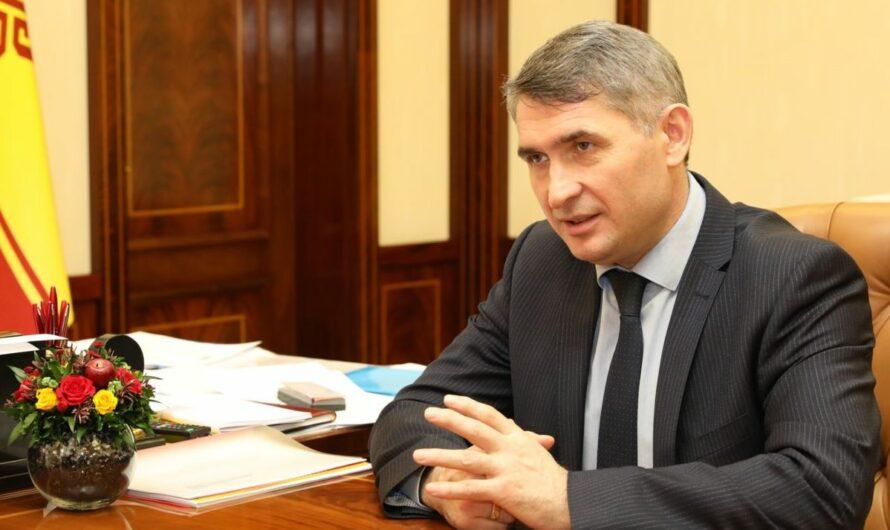 Олег Николаев проведет прямую линию в соцсетях