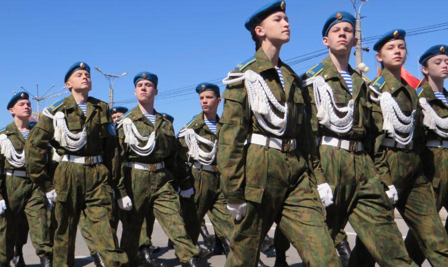 Олег Николаев поручил перед проведением Парада Победы протестировать его участников