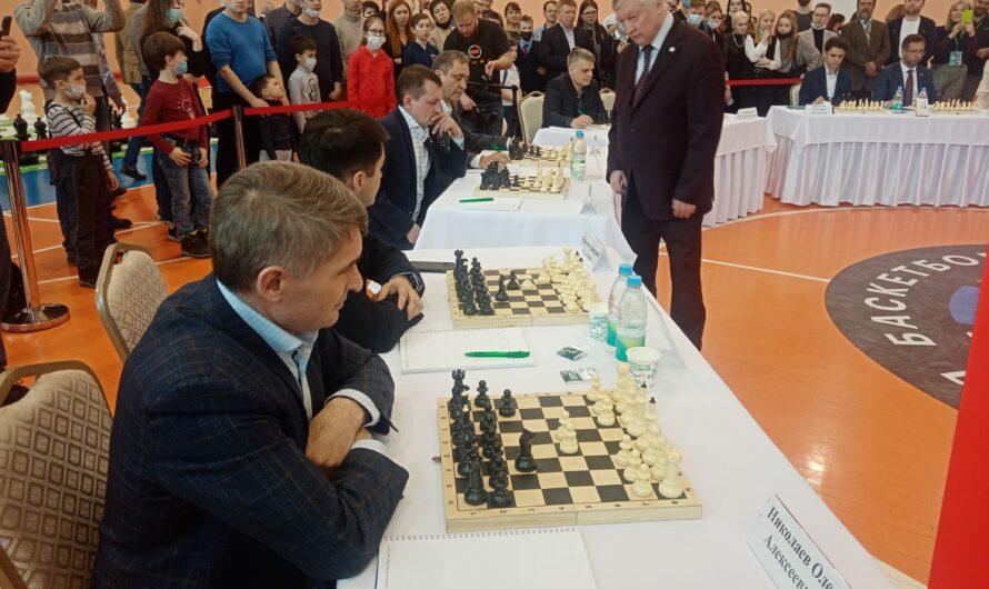 Олег Николаев: в шахматы стараюсь играть со своими детьми