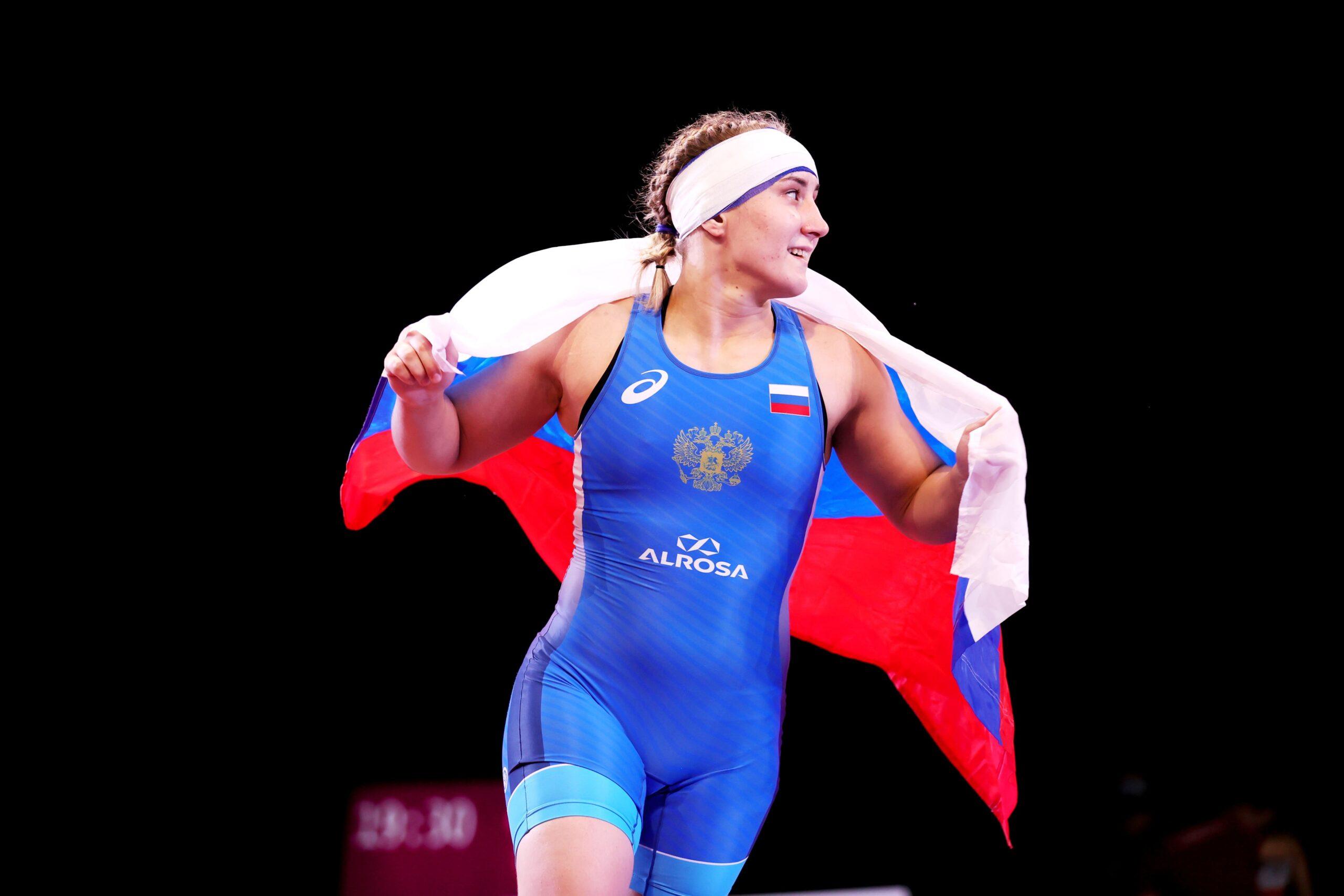Евгения Захарченко одержала победу на юниорском первенстве Европы по спортивной борьбе