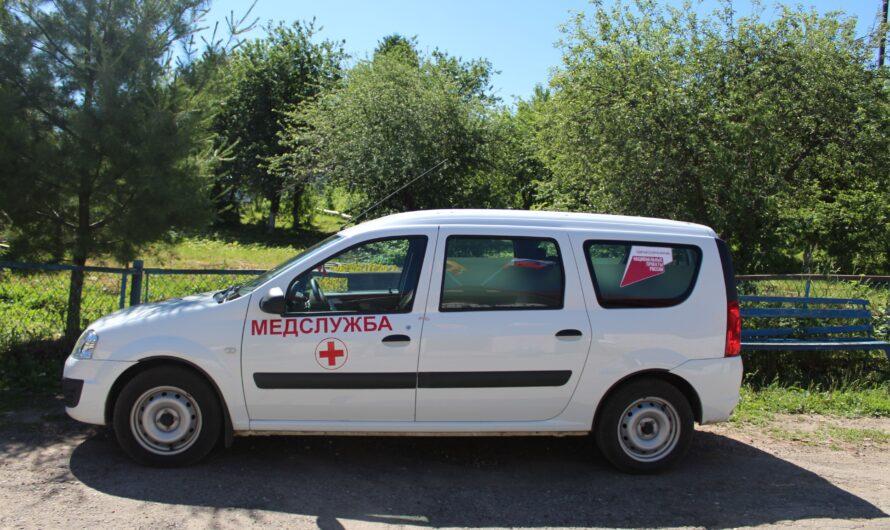 Врачи Моргаушской больницы выезжают к пациентам на новых санитарных машинах